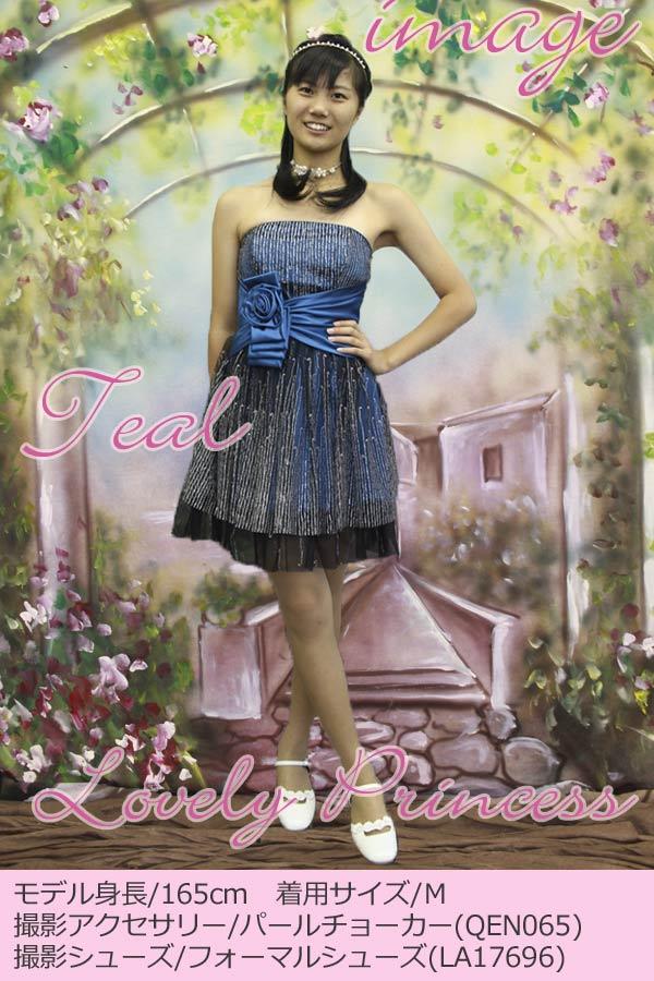 子供ドレス モデル