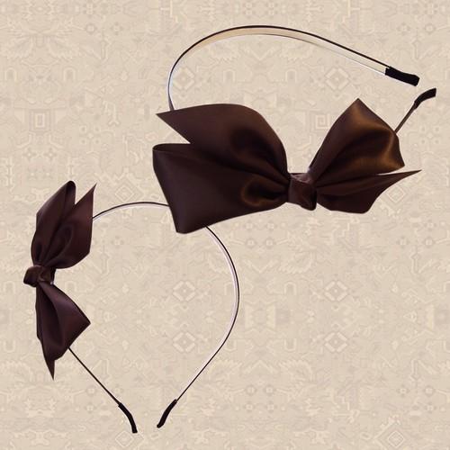 蝶々結びリボンカチューシャ
